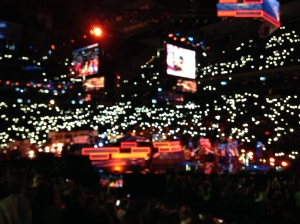 2015-11-3 WE Day Lights